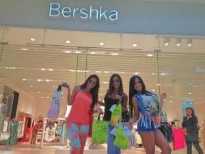 bershka girls shopping w bags