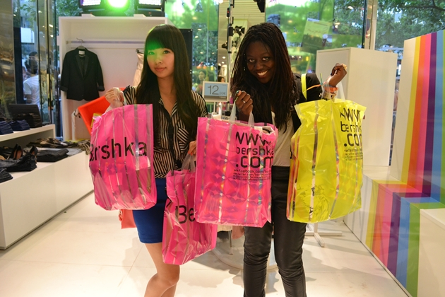 Bershka plastic shopping